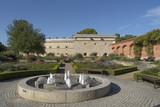 Ingolstadt Rathausplatz mit Brunnen - 175846050