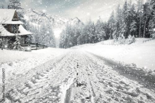 Tuinposter Wit winter road