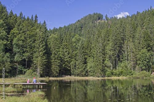 Fotobehang Bergen Bichler See im Mangfallgebirge