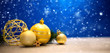 Quadro Christmas background with christmas balls, gifts and decoration