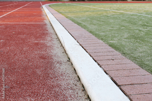Staande foto Spoorlijn Laufbahn im Stadion