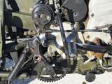 motore a scoppio antico del passato - 175975430
