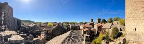 Fotobehang Beige La Couvertoirade dans le Larzac en Aveyron, Occitanie en France