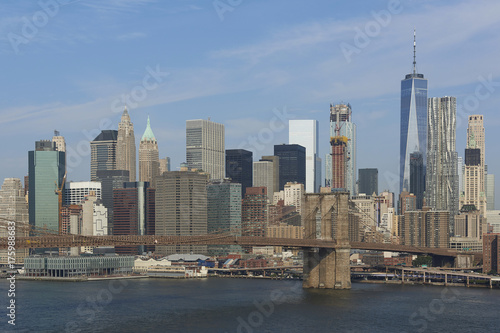 Fototapeta Brooklyn Bridge and New York city in the background