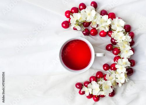 Fotobehang Kersen Cherry tea and fruit flatlay