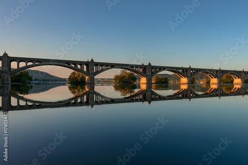 Poster Veterans Memorial Bridge