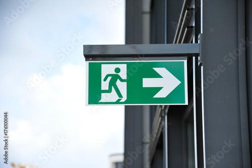 Schild Fluchtweg Feuerwehr Poster
