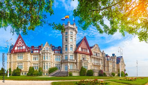 Palacio real de la magdalena en Santander.Cantabria.España. Arquitectura historica. Sitios de interes en Cantabria.