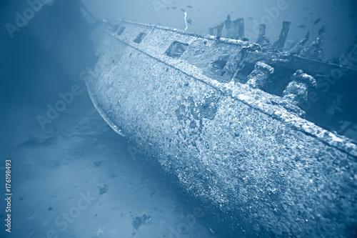 Keuken foto achterwand Schipbreuk shipwreck, diving on a sunken ship, underwater landscape