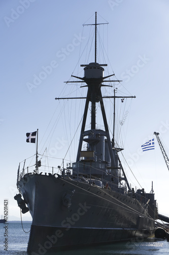 Keuken foto achterwand Schip Thessaloniki, Greece Greek warship Averof moored at port. Launched in 1910, G. Averof is a modified armored cruiser into a battleship, moored for October 2017 at city port.