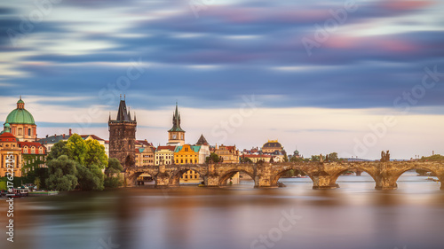 Foto op Plexiglas Praag Vltava river and Charles bridge in Prague, Czech Republic