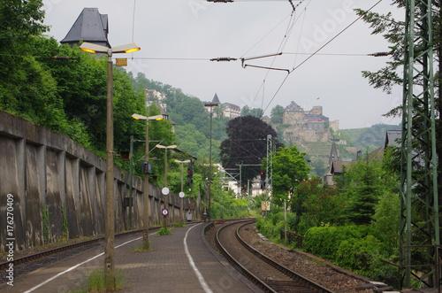 Staande foto Spoorlijn ザンクトゴアール駅