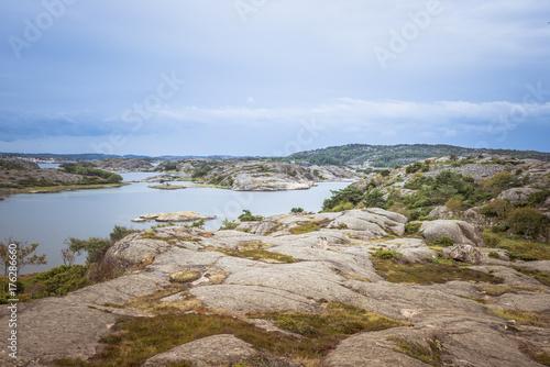 Fotobehang Zeilen coastline in sweden above fjallbacka