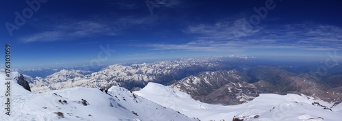 Fototapeta Elbrus - stratovolcano in the Caucasus - the highest mountain peak in Russia and Europe, included in the list of the highest peaks of the world
