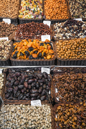 Fotobehang Barcelona dried fruits and nuts stall la boqueria market barcelona spain