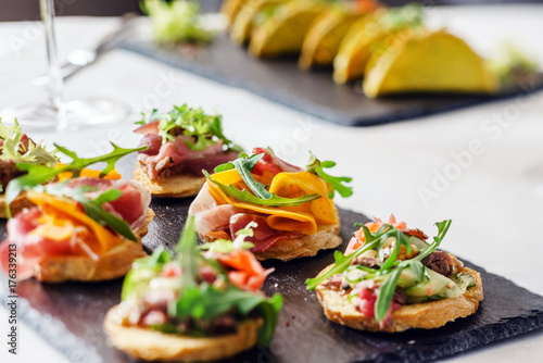 Foto Murales canape on the holiday table