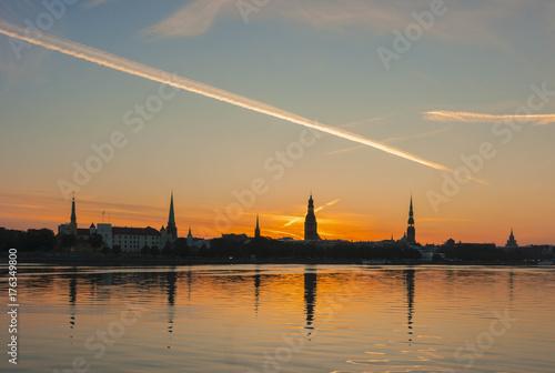 Keuken foto achterwand Zee zonsondergang Riga city