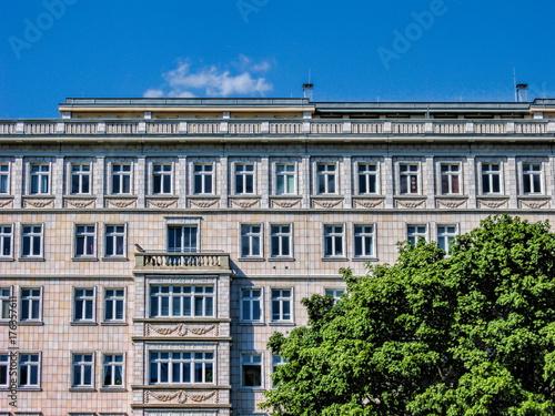Berlin, Sanierter Stalinbau Poster