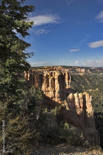 Foto op Canvas Ochtendgloren Abrupt rocks.