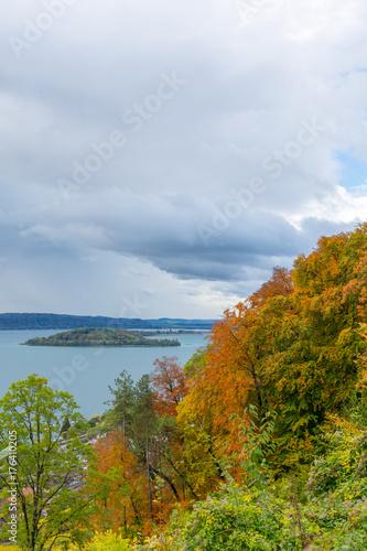 In de dag Blauwe hemel Herbstidylle