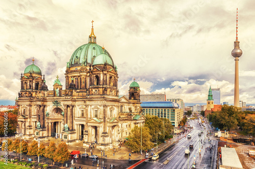 Tuinposter Berlijn Berliner Dom und Fernsehturm