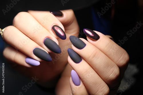 Papiers peints Manicure Fashionable design of manicure