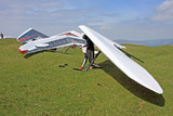 Hang gliders prepared to fly - 176519287