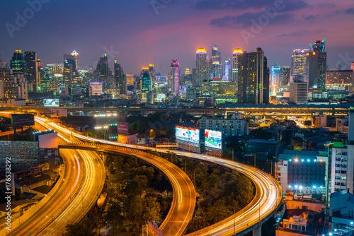 Papiers peints Bangkok Aerial view of Bangkok building and Express ways