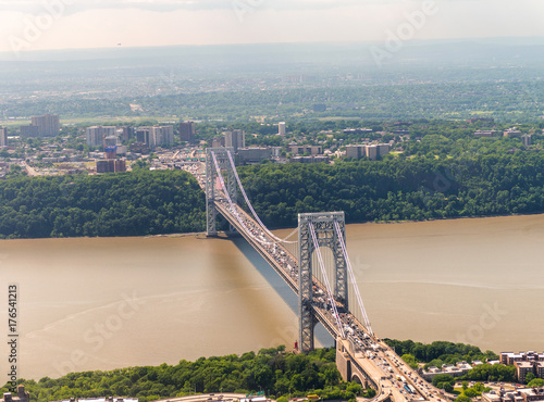 Plakat Helicopter view of George Washington Bridge in New York City