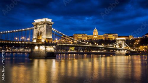 Fototapeta most łańcuchowy