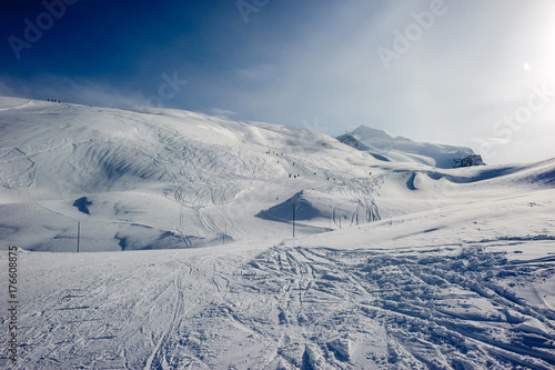 Aluminium Bleke violet Alpine winter mountain landscape. French Alps with snow.