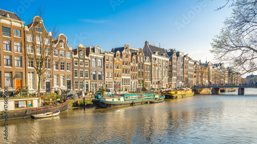 Keuken foto achterwand Noord Europa Amsterdam cityscape with the old building in Amsterdam city, Netherlands