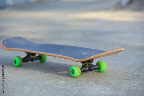 Aluminium Skateboard skateboard at skatepark