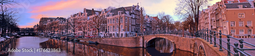 Papiers peints Photos panoramiques Panorama from the city Amsterdam in the Netherlands at sunset