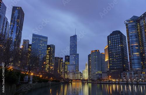 Night view of Trump International Hotel & Tower and Chicago skyline
