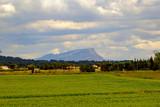 Vue sur la montagne Sainte-Victoire. France.