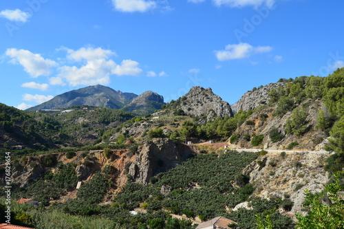 Blick in die Berge von Altea