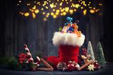 gefüllter Nikolausstiefel mit magischen Licht - 176836885