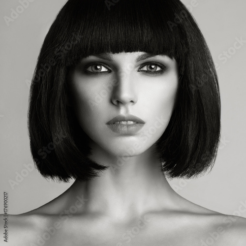Tuinposter womenART Beautiful woman with bob haircut