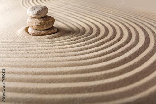 Staande foto Stenen in het Zand Sand.