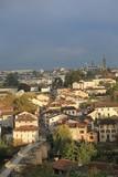 Vue urbaine sous une lumière matinale - 176952015