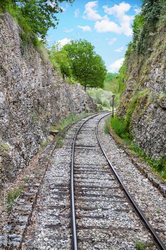 Papiers peints Voies ferrées Martel. Voies de chemin de fer ancienne, train vapeur. Lot. Occitanie
