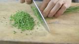 Close up: cutting chive - 177062819