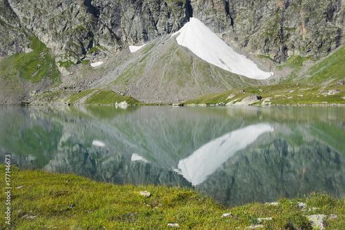 Foto op Plexiglas Bergen Mountain Lake