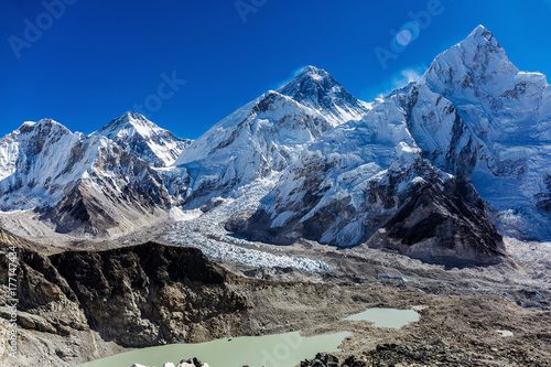 Fotobehang Olijf Snowy mountains of the Himalayas