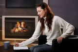 Writing notes at home - 177154269