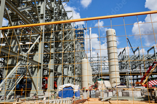 the construction of a new refinery complex