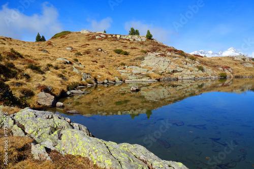 Foto op Plexiglas Bergen Bergsee im Herbst