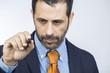 manager d'azienda illustra qualcosa durante riunione