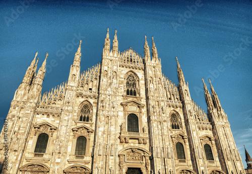 In de dag Milan Sunset view of Milan Duomo, Italy